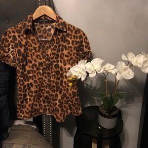 Express Size Medium Cheetah Gold Button Down Shirt